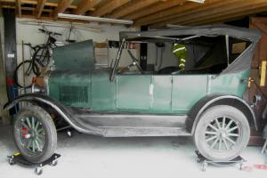 Model T Ford tourer 1927 - barn find project - pretty good all things considered
