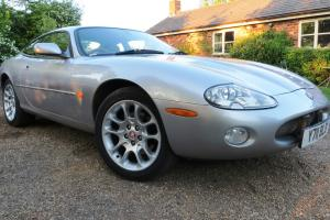 JAGUAR XKR 4.0 Supercharged. 2001. Stunning and original  Photo
