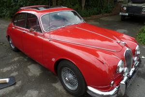 JAGUAR MK II RED  Photo
