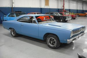 1968 Plymouth Road Runner 426 Hemi 4 speed Blue