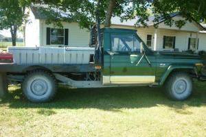 1977 J20 Jeep Green 2-Door