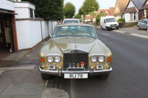 1975 ROLLS ROYCE GOLD SILVER SHADOW  Photo