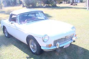 M G MGB Sports 1963 2D Roadster 4 SP Manual 1 8L Carb
