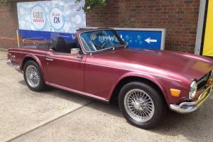 1968 TRIUMPH TR6 MAROON  Photo