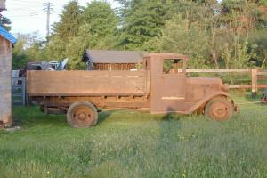 1927 Diamond T Flatbed  Truck 1.5 ton