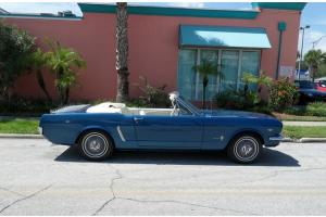 1964 1/2 MUSTANG CONVERTIBLE 260 V8 AUTOMATIC TRANSMISSION, BLUE, WHITE INTERIOR