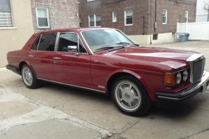 1988 BENTLEY EIGHT Burgundy With Beige interior New Vogue tires Runs Great!!!