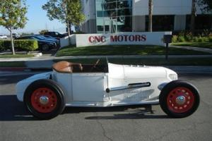 1928 Ford Custom Hot / Street Rod 350 ci V8 Engine / One of a Kind / Must See