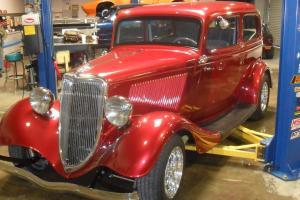 1934 Ford Two Door Sedan Nite Fire Red Pearl Metallic, 350 Van Dyne Chevy motor Photo