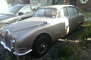 1966 JAGUAR S TYPE GOLD