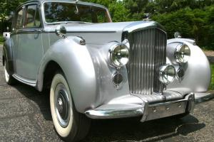 1951 Bentley Mark VI Concours Restoration Handmade Best of the Best No Reserve Photo
