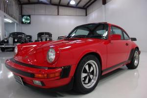 1986 PORSCHE 911 CARRERA COUPE, POWER SUNROOF! LOW MILES! STUNNING!