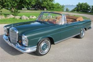 Beautiful Example MB 220SE *Rare 2.3 Motor* Great Classic Mercedes Color Combo*