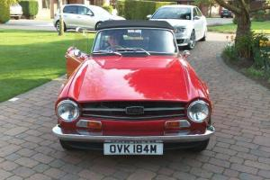 TRIUMPH TR6 RED  Photo