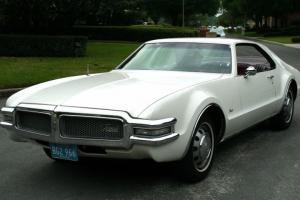 1968 OLDSMOBILE TORONADO PROVINCIAL WHITE RED INTERIOR ORIGINAL SURVIVOR MINTY