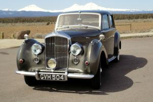 1953 Bentley R-Type Standard Steel 4dr Saloon