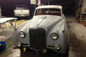 1957 BENTLEY S1 SALOON LHD
