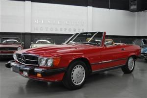 Superb Well Preserved Original Paint 37545 mile Last Year Production 560SL