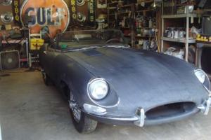 Jaguar e type 1968 roadster, matching numbers, rust free, same owner for 43 y. Photo