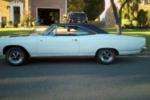 1968 Plymouth Roadrunner Base 6.3L