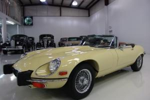 1974 JAGUAR XKE CONVERTIBLE, HIGHLY DESIRABLE 4-SPEED MANUAL TRANSMISSION! Photo