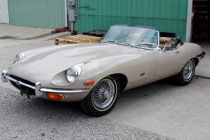 1971 Jaguar E-Type Roadster - 6 cylinder - All original car Photo