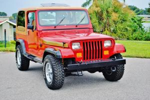 simply beautiful and rare 1988 Jeep Wrangler olympic edtion 6 cly red sunroof .