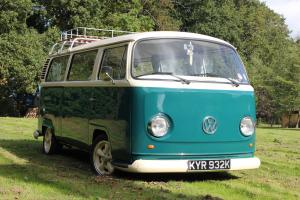 VW CAMPERVAN T2 1972 (TAX FREE) BAY WINDOW RESTORED TIN TOP
