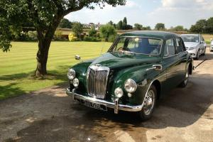 1955 MG Magnette ZA Saloon Classic Car British Racing Green