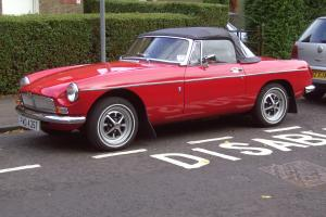 1979 MG BROADSTER IN RED MANUAL O/DRIVE IN FIRST CLASS CONDITION MOT/ROAD TAXED