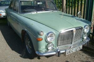 rover p5b. saloon breaking