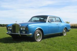 1972 ROLLS-ROYCE CORNICHE MULLINER 6.8 FIXED HEAD COUPE 2DR