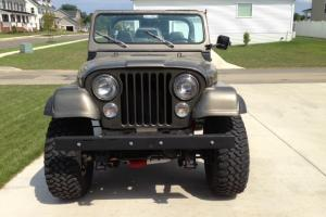 1986 Jeep CJ7 with AMC 304 V8 and Hardtop/Hard Doors