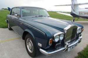 1976 R ROLLS-ROYCE SILVER SHADOW 6.8 4D AUTO  Photo