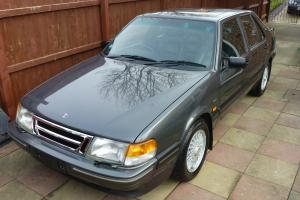 1991 SAAB 9000 CDE 2.3 ONLY 30K MILES FROM NEW. BARN FIND. STUNNING