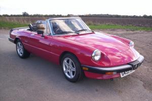 1990 ALFA ROMEO SPIDER RED 46800 HUGE HISTORY FILE LAST LADY OWNER 12 YEARS