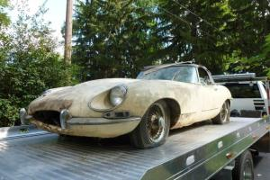 Jaguar e type 1968 roadster, matching numbers, excellent barn find project Photo