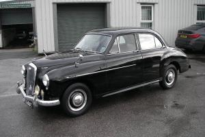 1954 WOLSELEY 4/44  Photo
