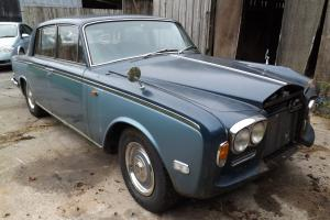Rolls Royce silver shadow 1971 and Bentley T1 1976 damaged spares or repair  Photo