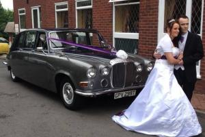 FOR SALE DAIMLER DS420 LIMOUSINE WEDDING CAR 6 SEATS T REG AUTOMATIC