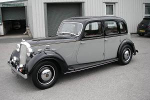 1946 ROVER 14 Six-Light Saloon 1.9 Litre Six Cylinder  Photo