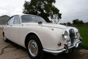 DAIMLER V8 250 AUTOMATIC - OUTSTANDING CONDITION