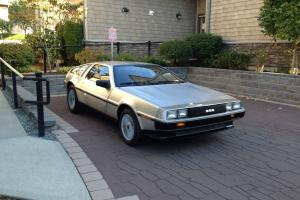 DeLorean : DMC-12 Black Leather
