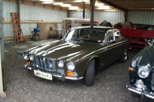 JAGUAR 2.8 XJ6 BROWN