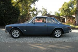 1974 Alfa Romeo GTV 2000 Silver Black Interior Beautiful Must See!!!