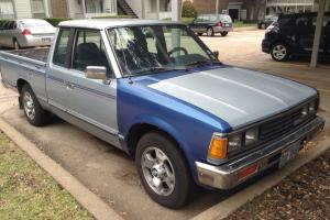 Nissan Datsun king cab pickup truck auto good condition