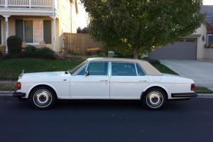 1989 Rolls Royce Silver Spur  Long wheel base  .  white magnolia