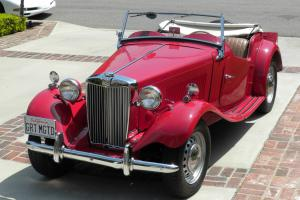 1952 MGTD Roadster MG TD. Great Condition - Car Show Award Winner!! L@@K Photo