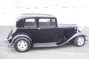 1932 FORD VICTORIA STREETROD Photo