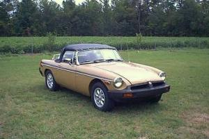 MGB, convertible, roadster, British, performance modifications, alloy wheels Photo